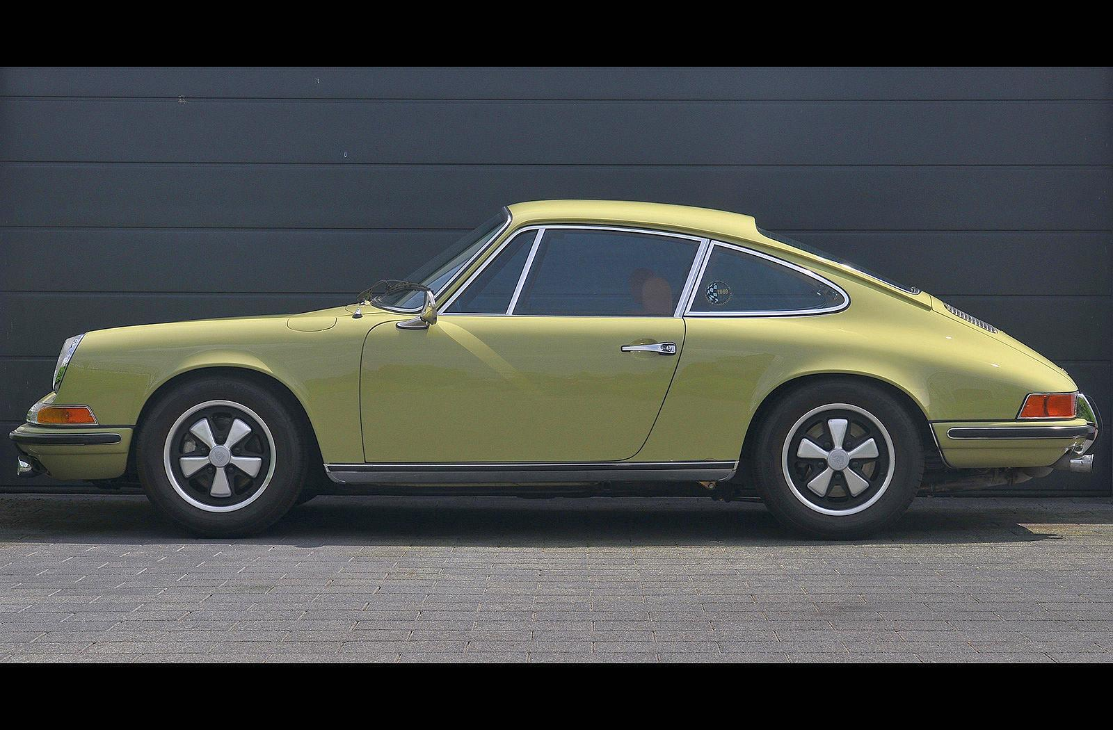 PS Automobile Porsche 911 2.0 S Coupe Gelb 06