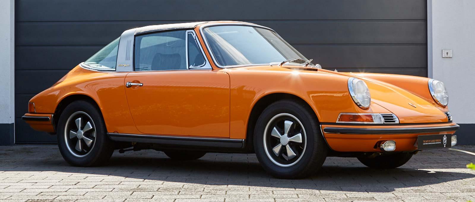 PORSCHE 911 2.2 Targa – Signal Orange